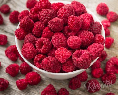 Külmkuivatatud puuviljad ja marjad